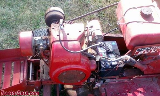 Wheel Horse Commando 800  engine photo