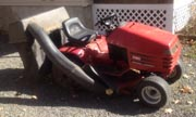 Wheel Horse 264 lawn tractor photo