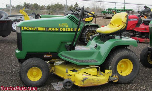 John Deere LX173