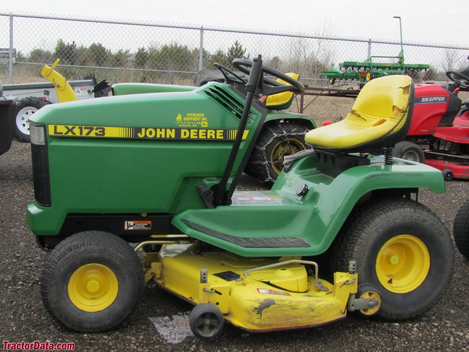 Tractordata Com John Deere Lx173 Tractor Information