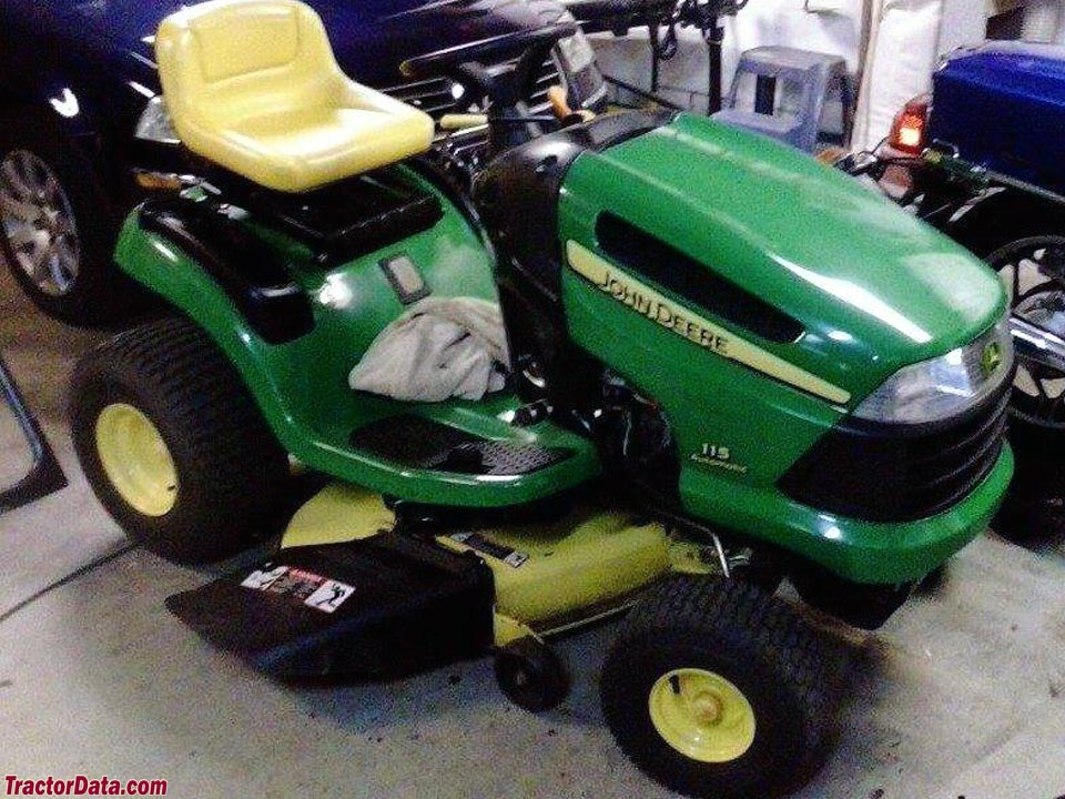 John Deere 115 lawn tractor, right side.