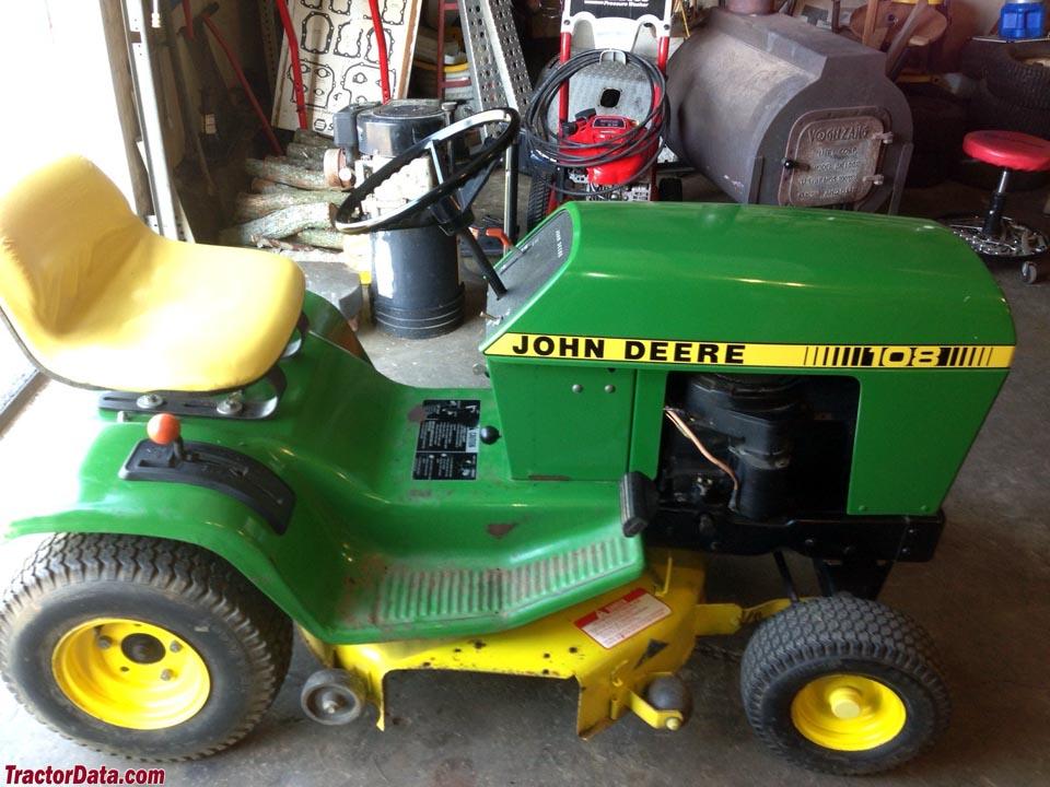John Deere 100 Series >> TractorData.com John Deere 108 tractor photos information