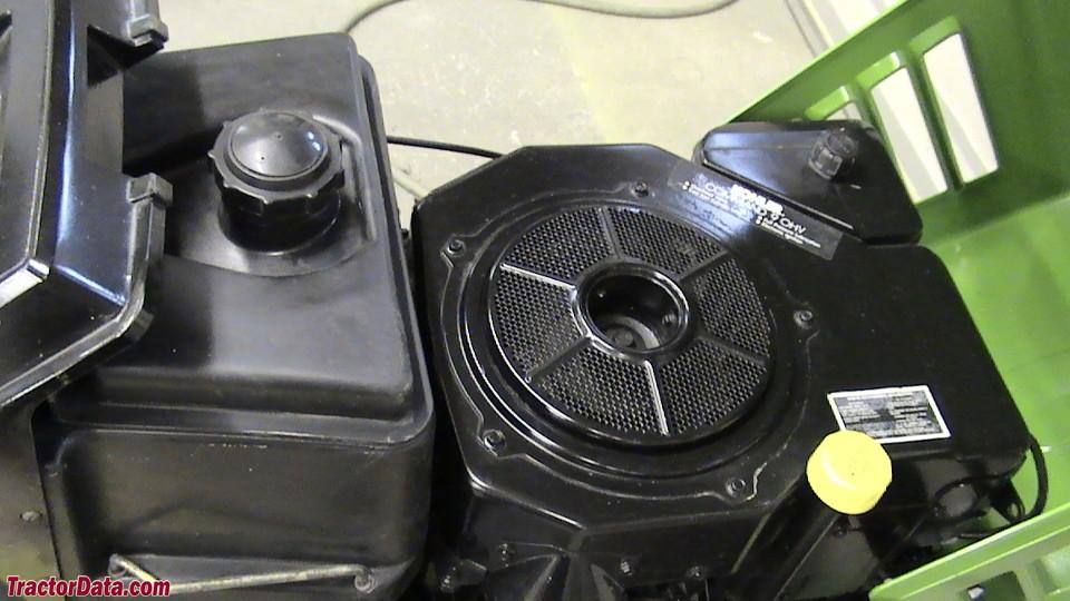 John Deere STX30 engine image