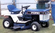 Ford LT-12H lawn tractor photo