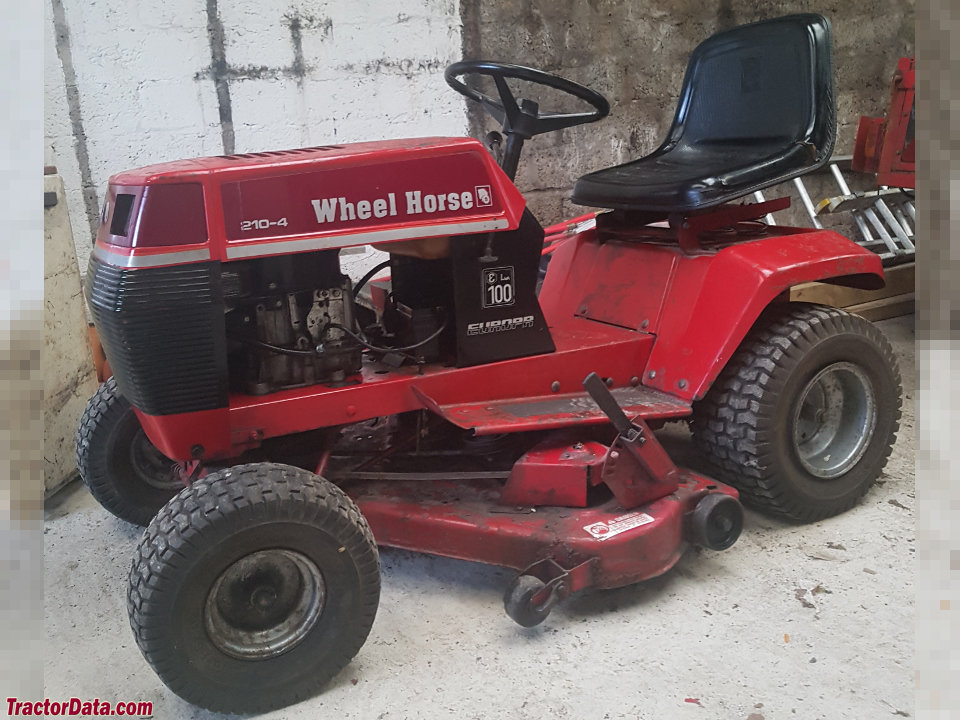 Wheel Horse 210-4