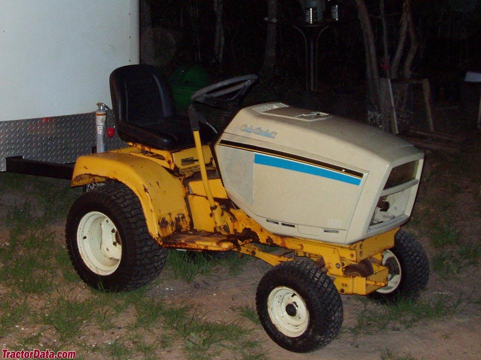 TractorData.com Cub Cadet 1440 tractor informationTractorData.com