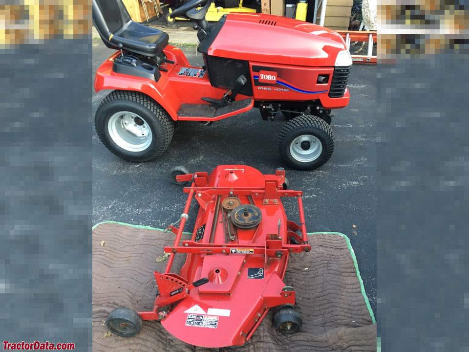 Toro 522xi with 48-inch mower deck, right side.