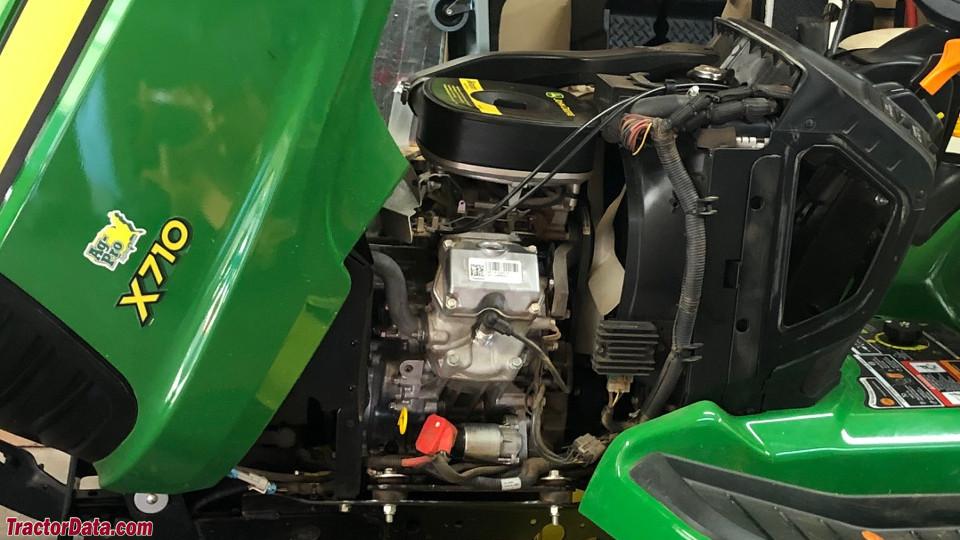 John Deere X710 engine image