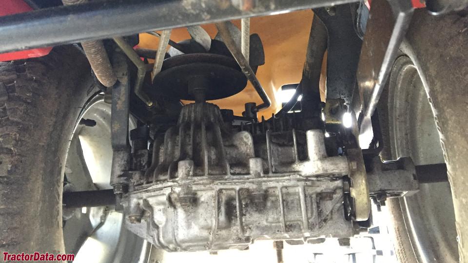 Wheel Horse 270-H transmission image