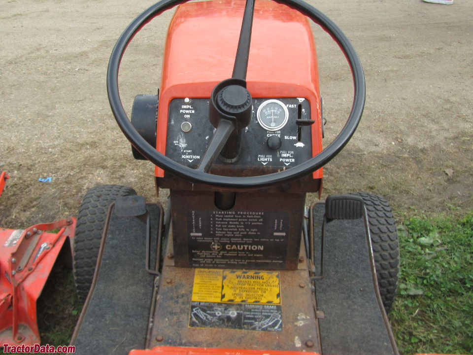 Ariens S-16H operator station and controls.