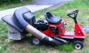 Toro 11-32 lawn tractor photo