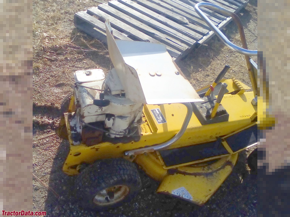 Allis Chalmers Mow-Bee 5