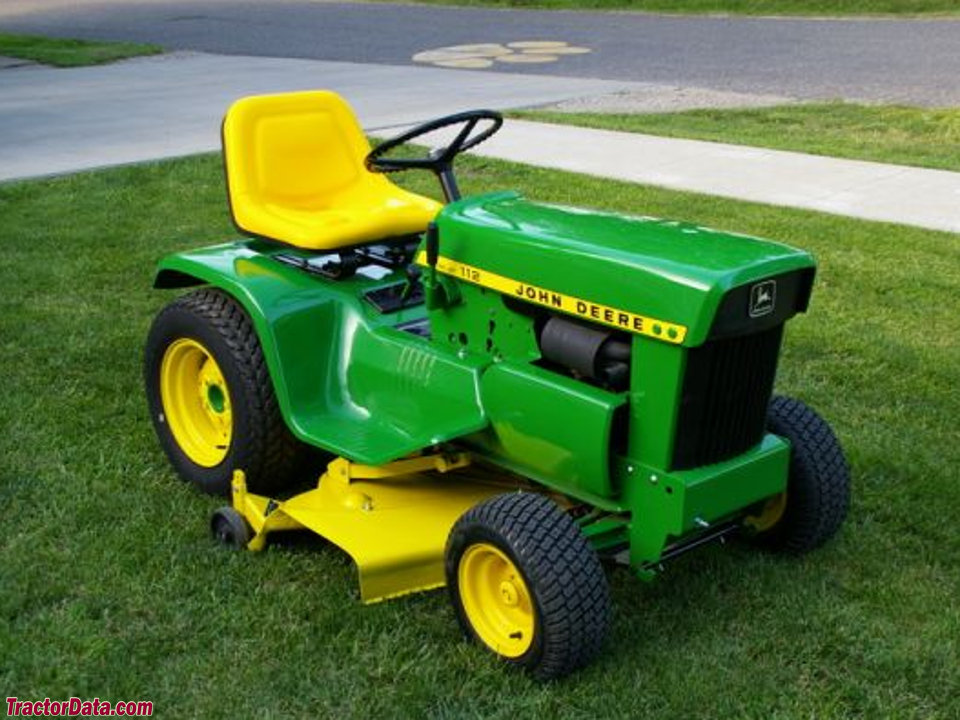 1972 (square-fender) John Deere model 112