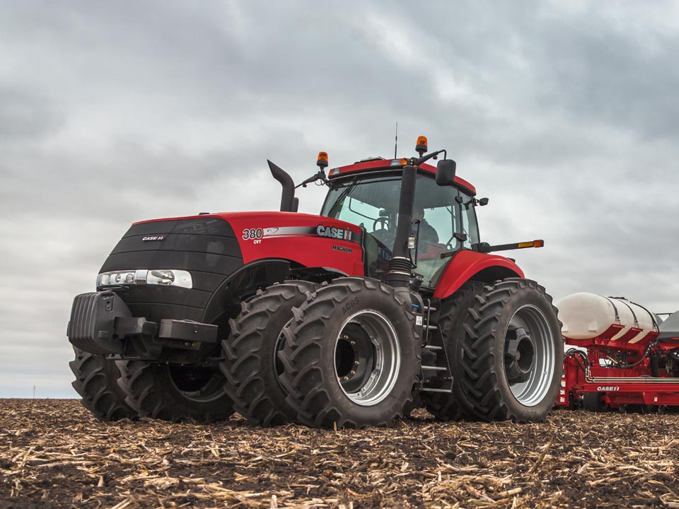 Red Brand New Farmall Tractors : Tractordata case ih announces new magnum tractor line