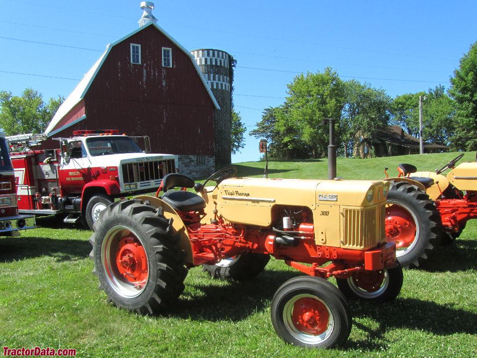 Tractordata Com Credit River Tractor Show 2015