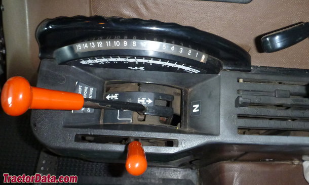 John Deere 4650 Power Shift transmission photo