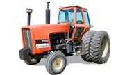 Allis Chalmers 7010 tractor photo