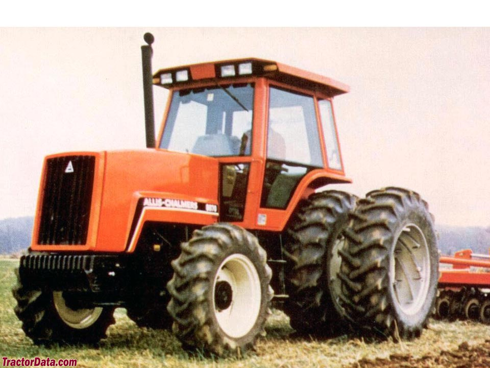 Allis-Chalmers 8070 marketing photo.