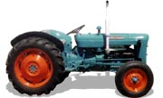 Fordson Dexta tractor photo