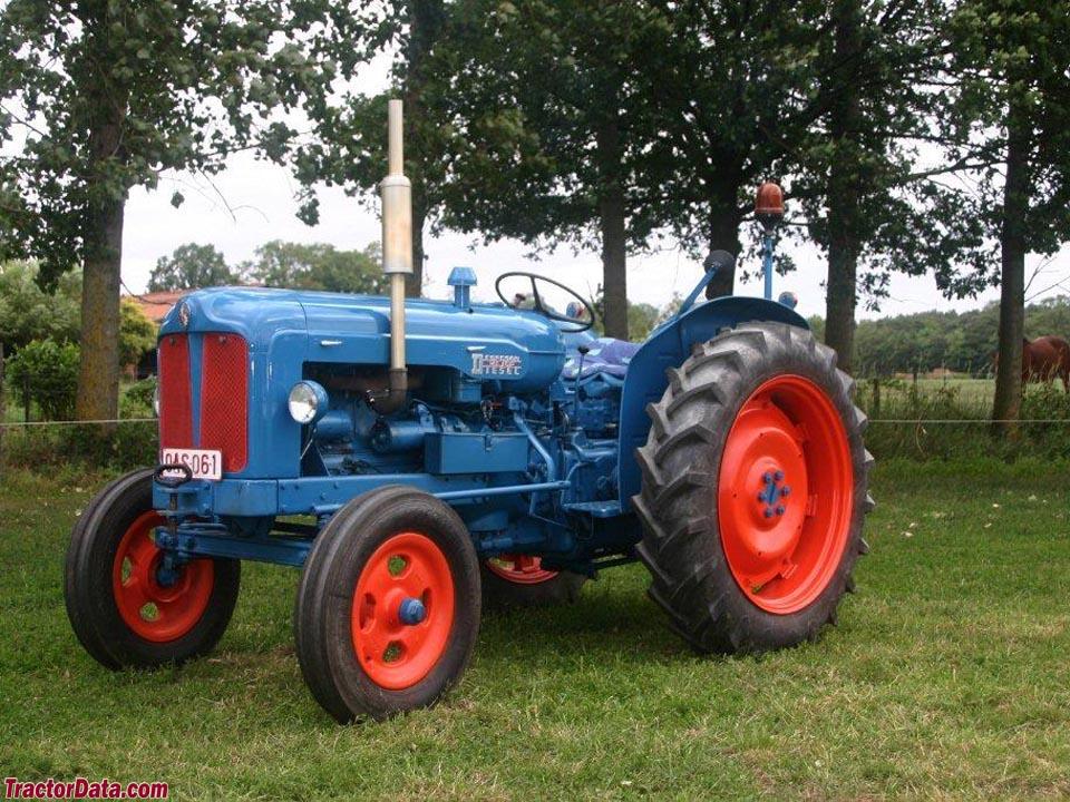 1955 Fordson New Major