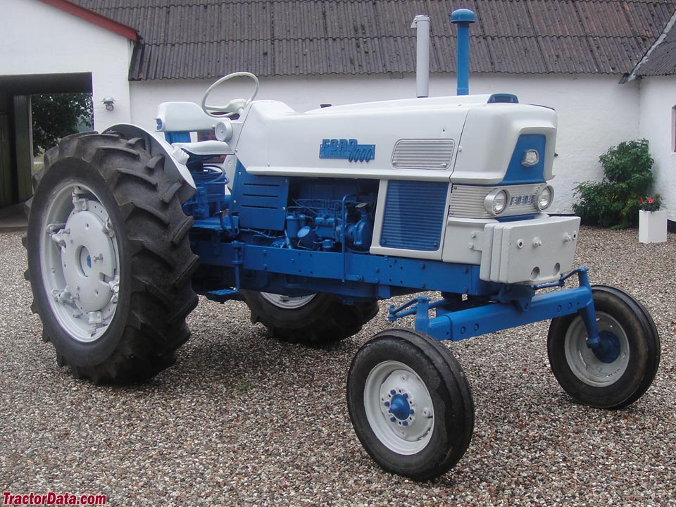 Blue Ford 6000.