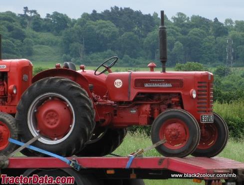 International Harvester B-275