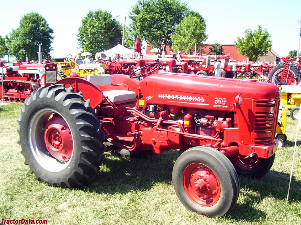 International Harvester 300