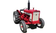 International Harvester 504 tractor photo