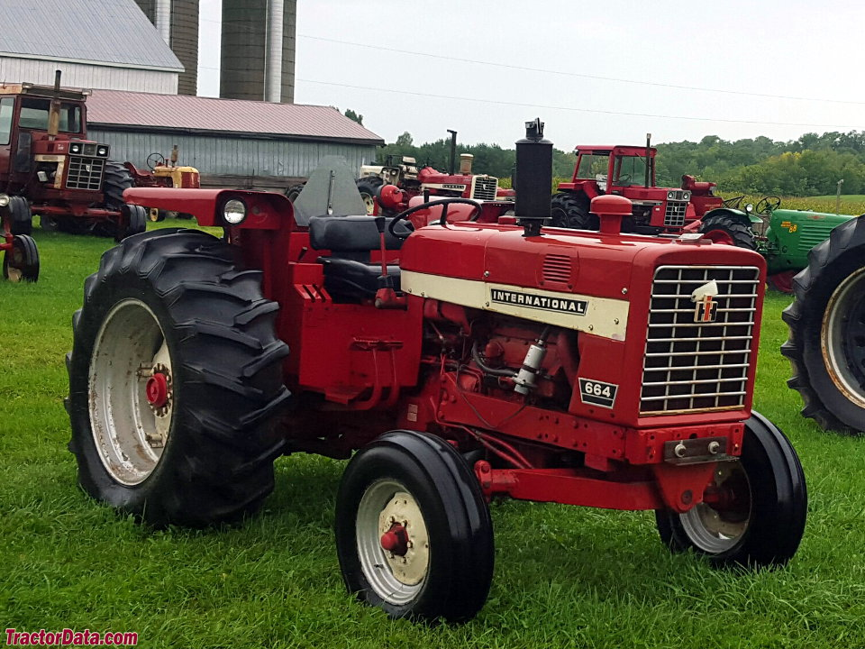 International Harvester 664