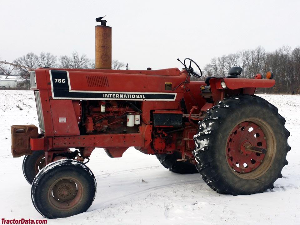 1976 black-stripe International 766