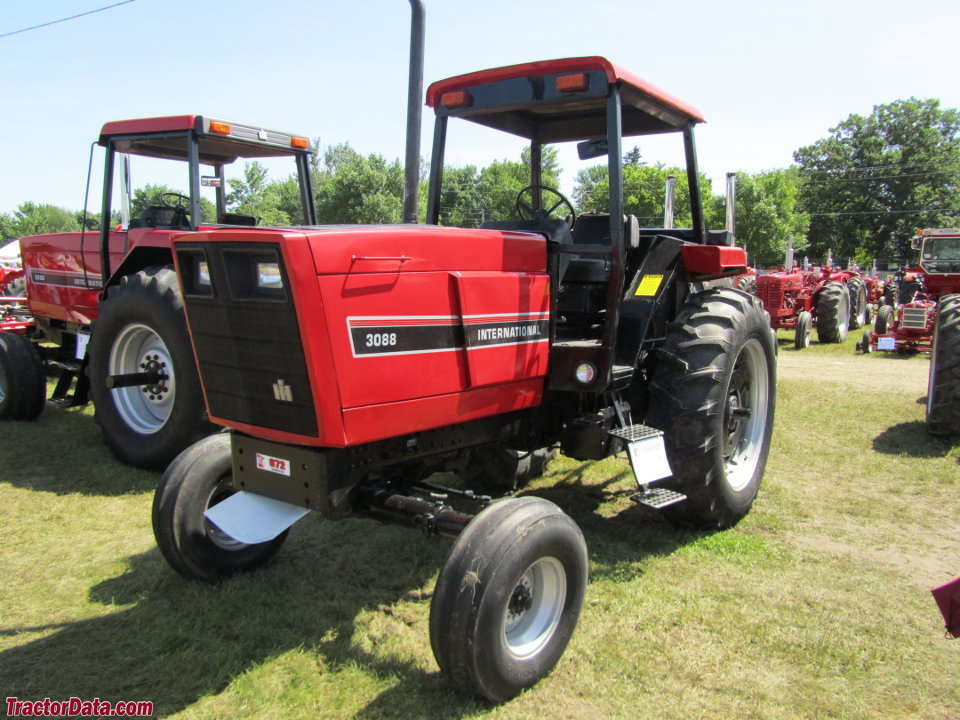 International Harvester 3088 with four-post ROPS.