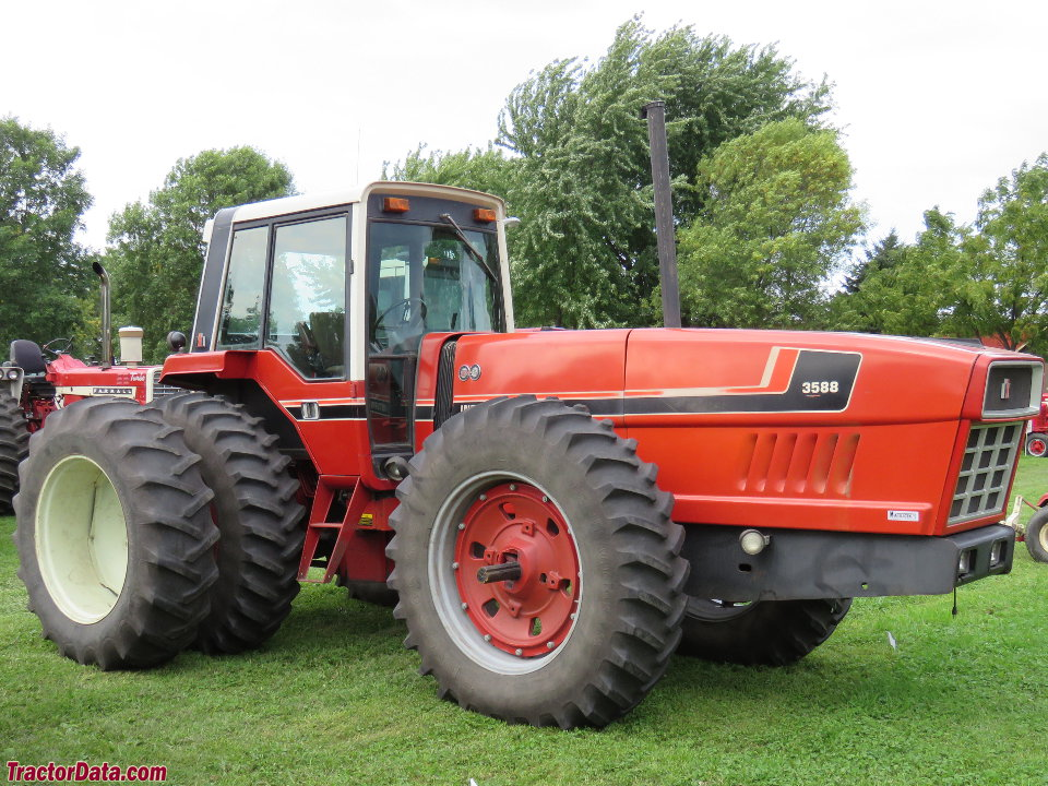 International Harvester 3588