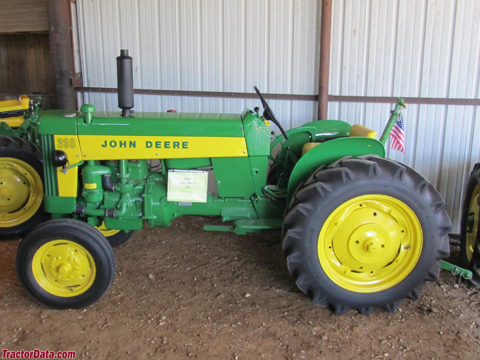 John Deere 330U Utility