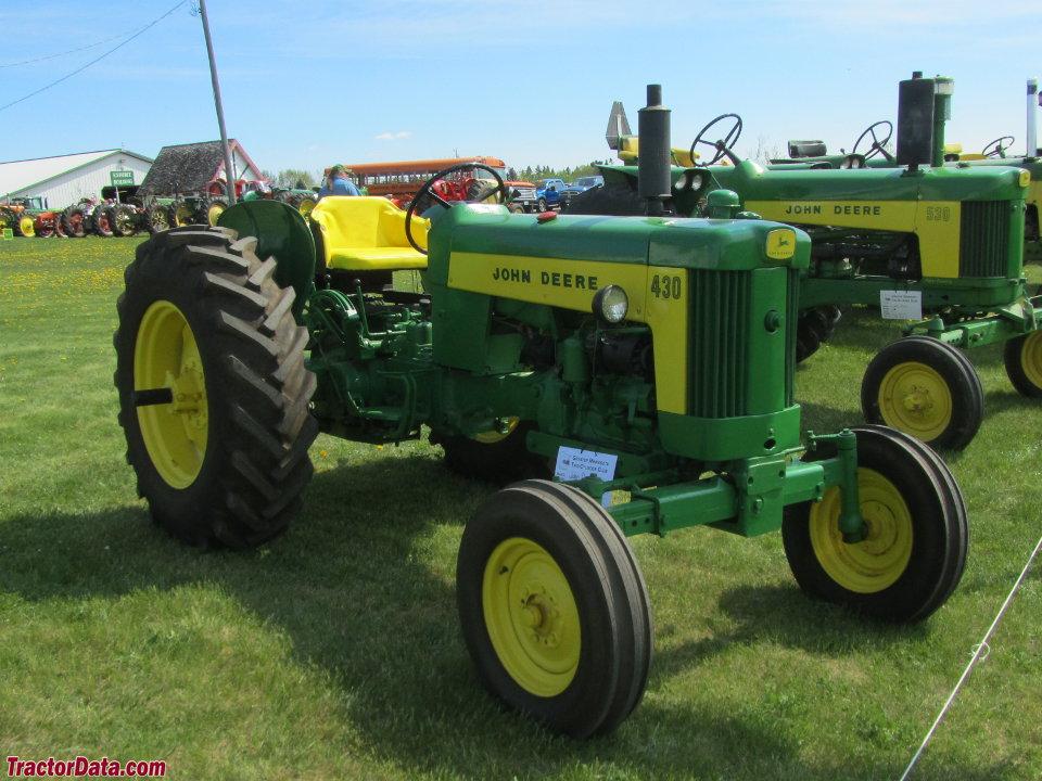 John Deere 430W Row-Crop Utility