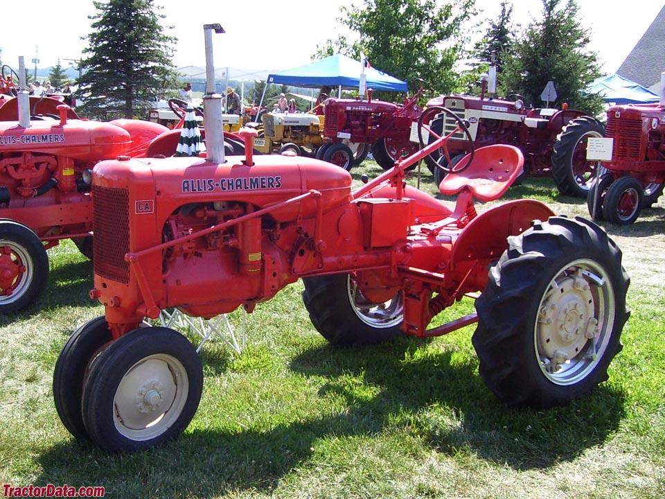 Allis-Chalmers CA with tricycle front end, left side.