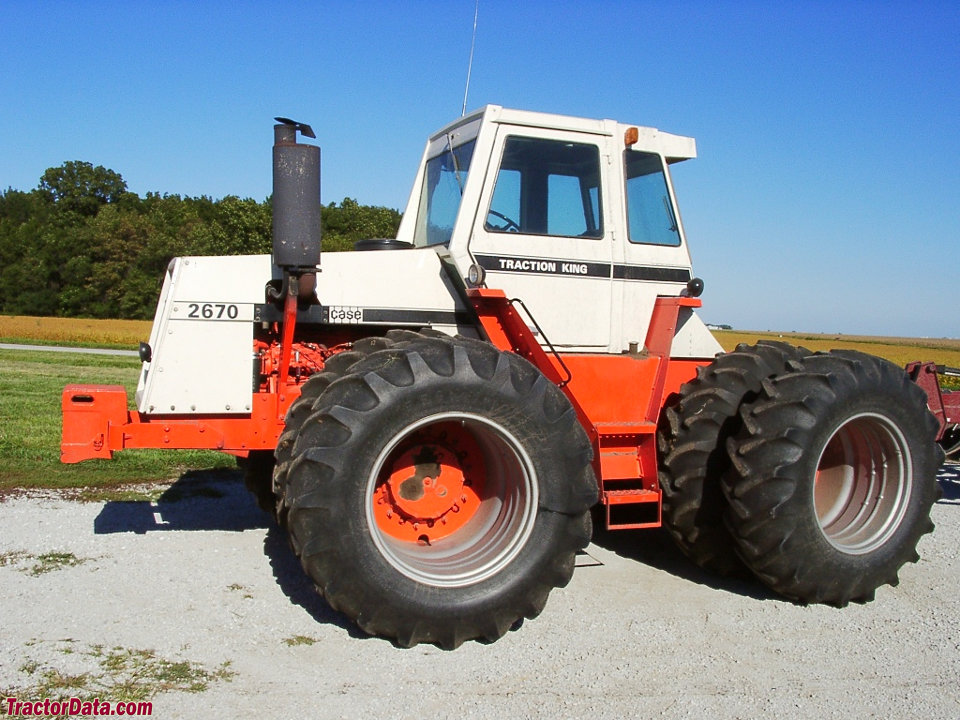 TractorData.com J.I. Case 2670 Traction King tractor photos ...