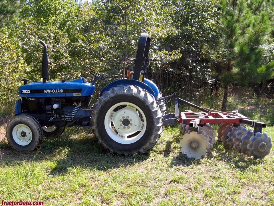 New Holland - Ford 3930 with disc.