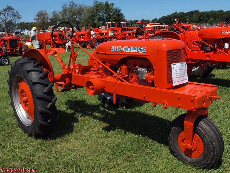 Allis-Chalmers RC with single front wheel.