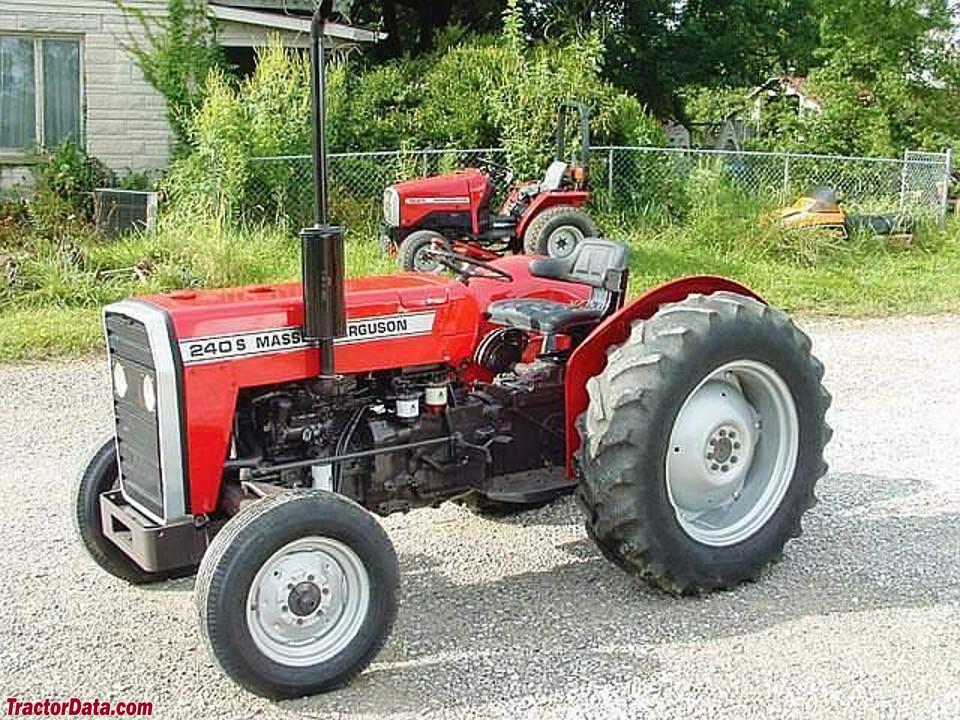 Massey Ferguson 240S