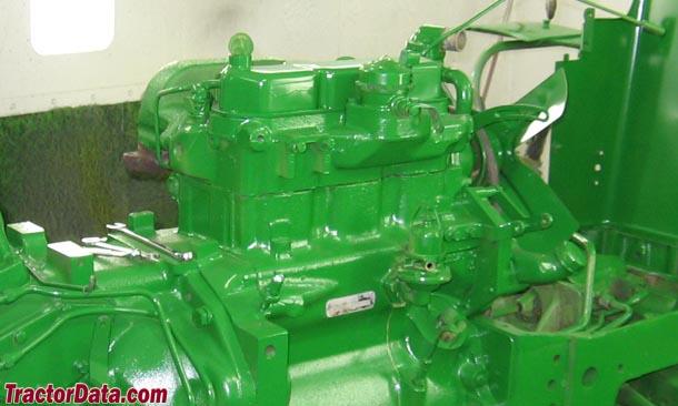 John Deere 830  engine photo
