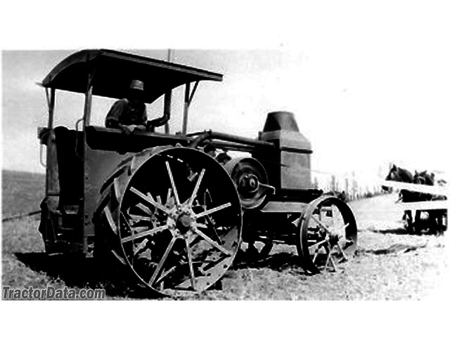1919 Advance Rumely 20-40, right side.
