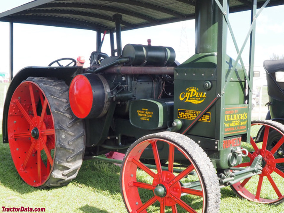 Advance-Rumely R, right side.