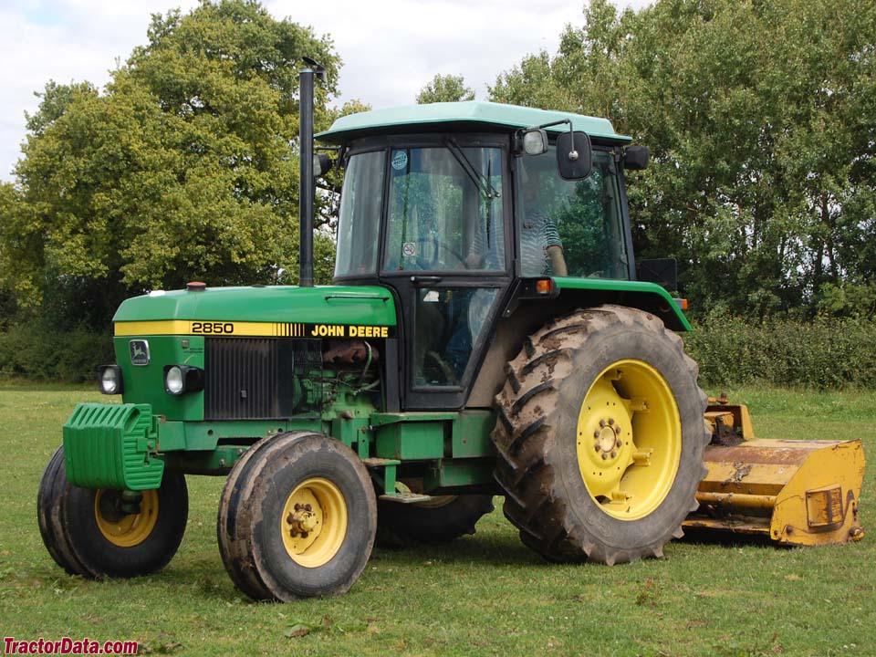 Two-wheel drive John Deere 2850.