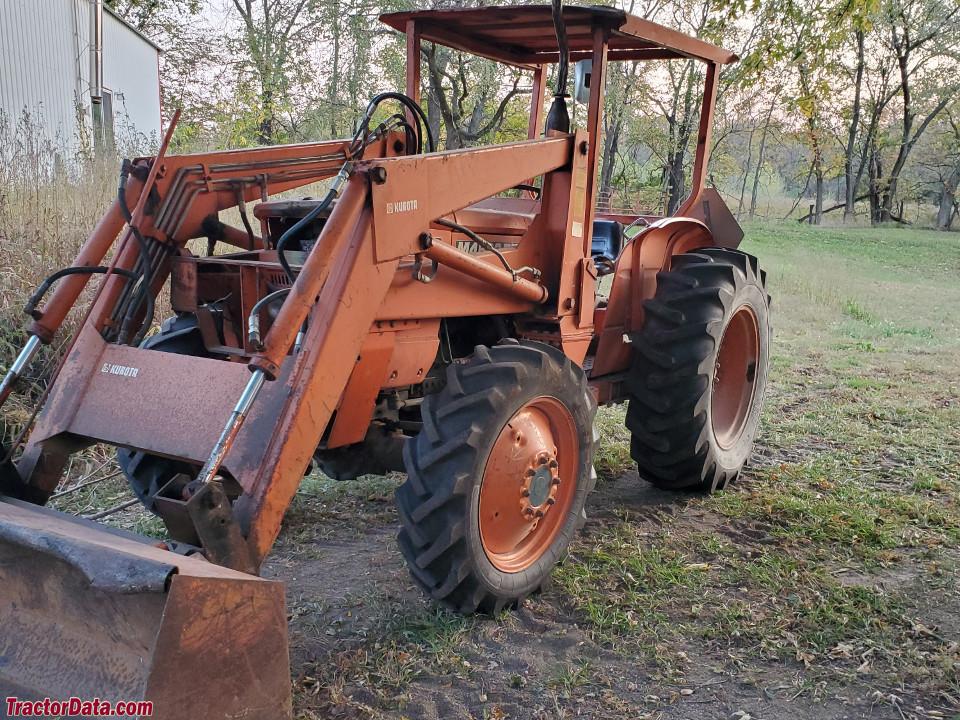 Kubota M4500
