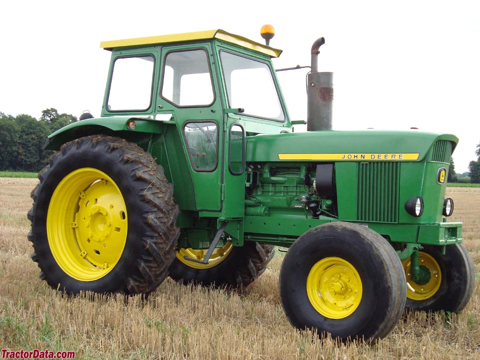 Early John Deere 3130 with cab