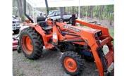 Kioti LB2614 tractor photo