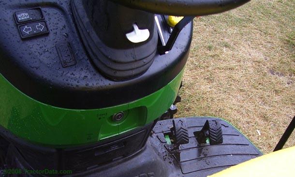 John Deere 3520 PowrReverser transmission photo