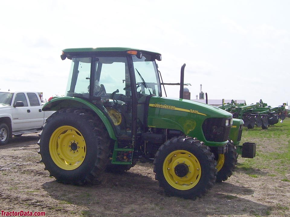 Four-wheel drive John Deere 5425 with cab.