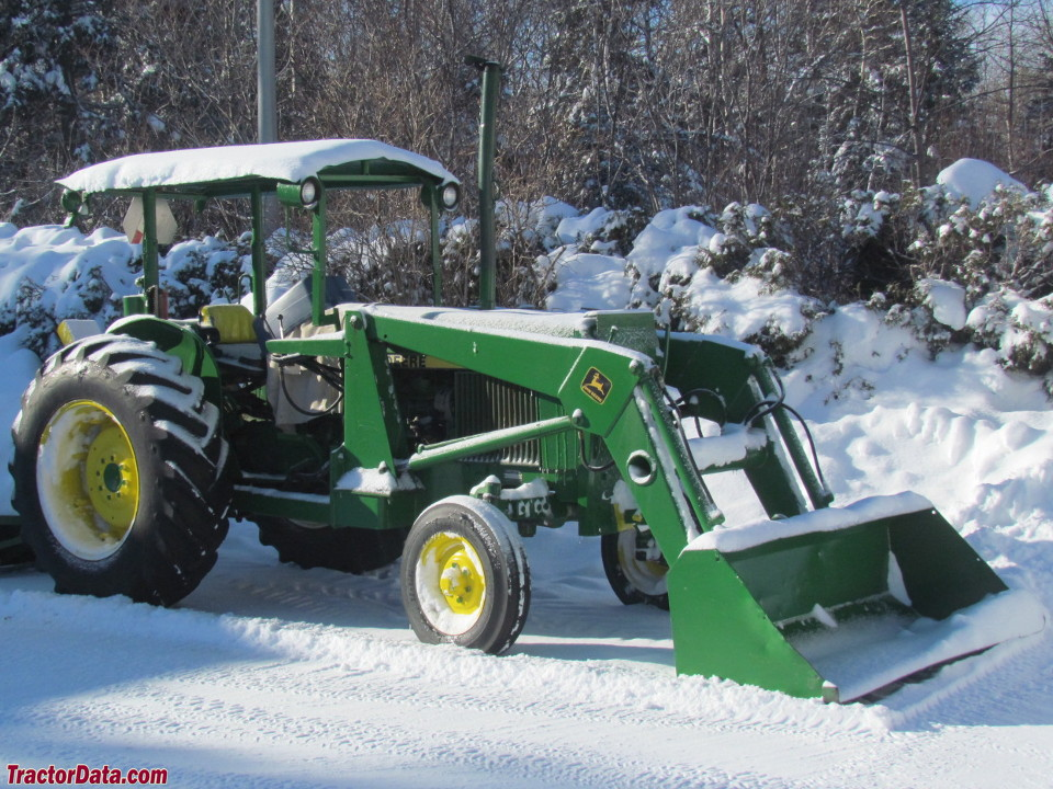 John Deere 1640 with loader, right side.