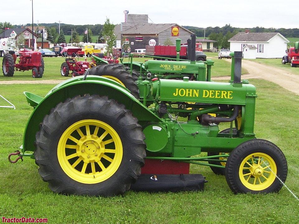 John Deere AR, right side